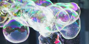 Blase an den Aktienmärkten, die zu platzen droht - Luftblase