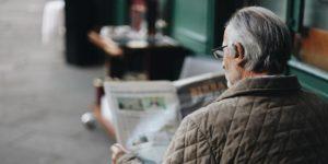 Altersvorsorge mit Investmentfonds - Rentner Zeitung in Warteraum