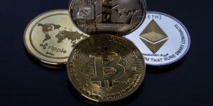 Bitcoin auf Allzeithoch & steigende Rohstoffpreise - Krypto Geldmünze