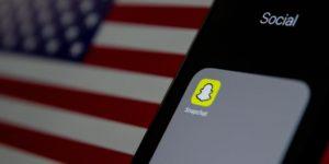 Kursverluste-bei-Snap-und-Intel-USA-Snapchat-Handy-Touchscreen